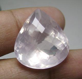 Batu Permata Pink Quartz