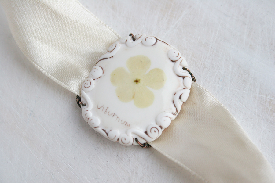 real flower bracelet