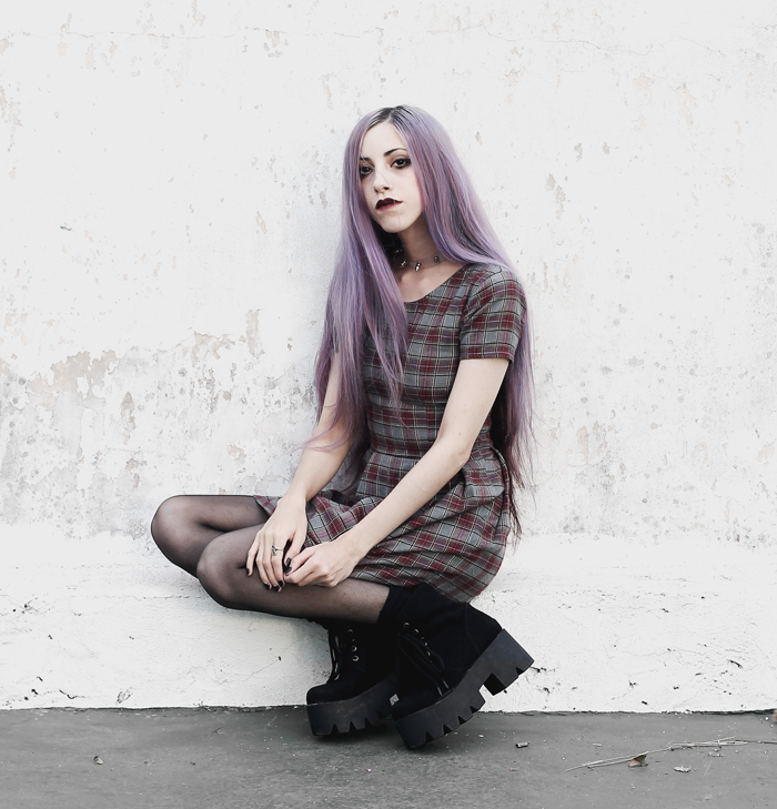 plaid-dress-violet-lilac-hair-choker