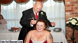 Perempuan Ini Akan Tampil Plontos Saat Pesta Pernikahan