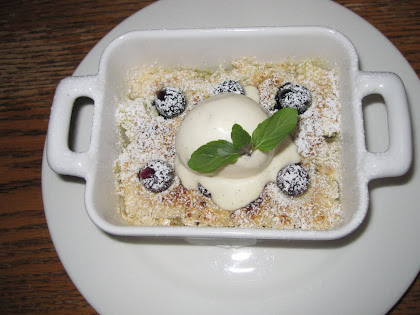 APPLE CRUMBLE AT THE WILD HONEY INN
