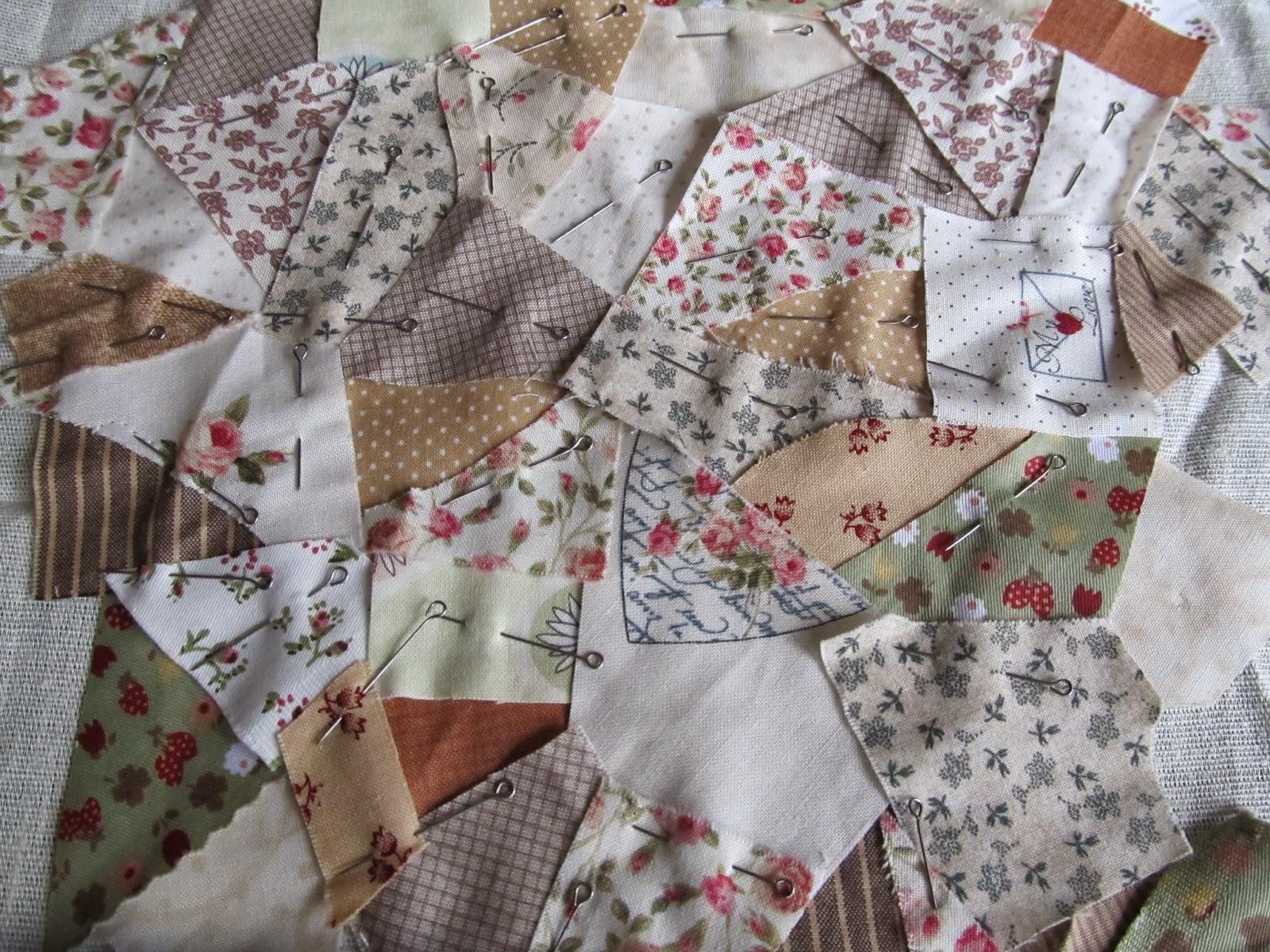 Салфетки сшитые из остатков ткани 25