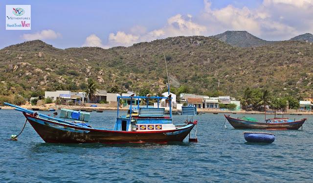 Baie de Vinh Hy - une beauté captivant du Vietnam