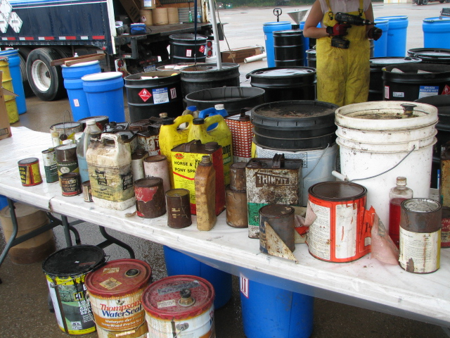 Household-Hazardous-Waste-pic1.jpeg