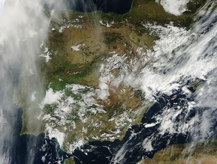 Satelite Península Alta Resolución