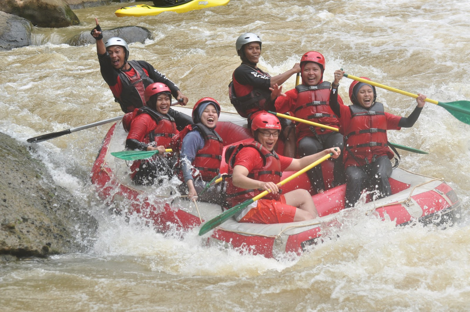 Rafting In Citarik
