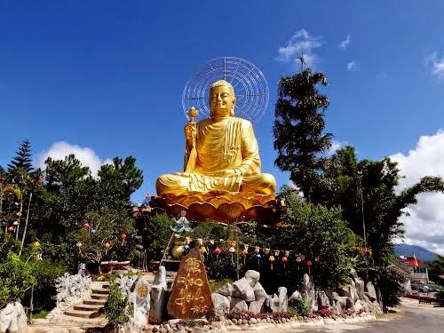 Thiền Điện Vạn Hạnh Đà Lạt