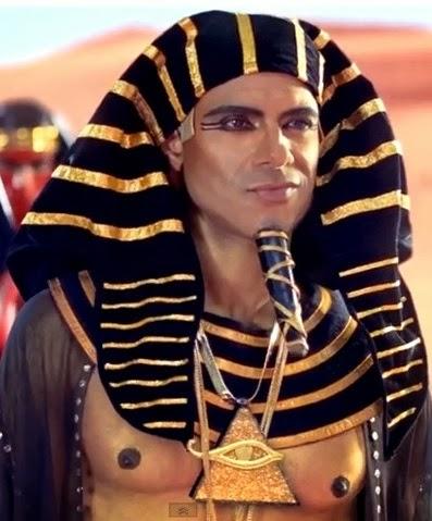 katy-perry-dark-horse-hot-farao-muscle