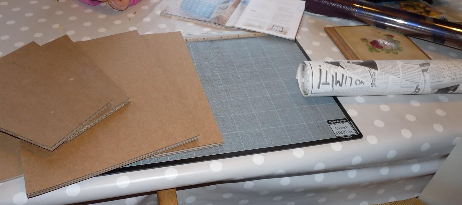 papier peint imitation journal - Papier peint Papier peint, frise et fibre de verre Leroy Merlin