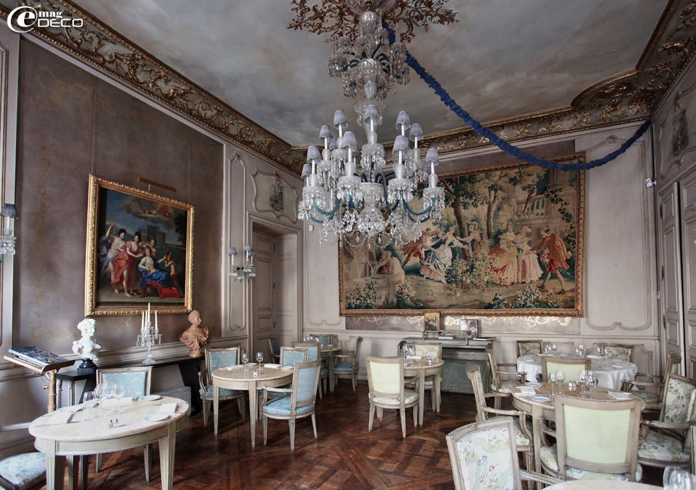 Le salon Pompadour du restaurant 1728 à Paris