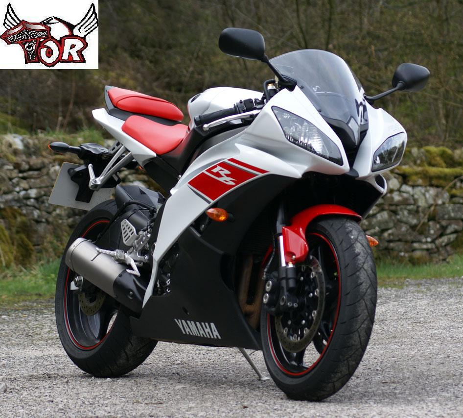 moto yamaha bike. Yamaha R6 Black Moto Bike