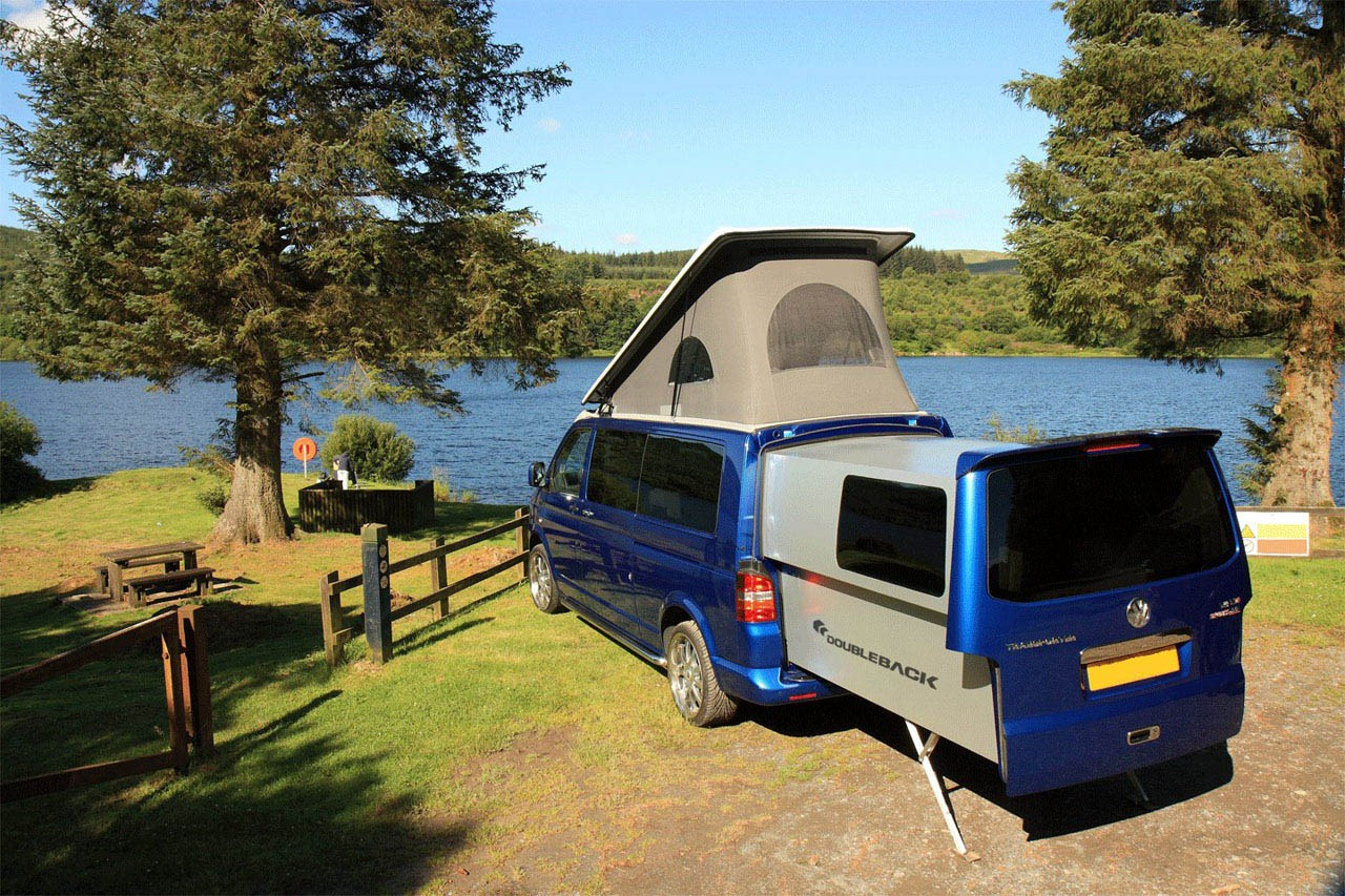 volkswagen transporter california doubleback   extendable rolling home  wheels  cars