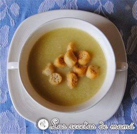 http://www.recetasdemama.es/2010/01/crema-de-verduras-ligera/