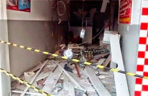 Terminal ficou totalmente destruído (Foto: Reprodução/Calila Notícias)