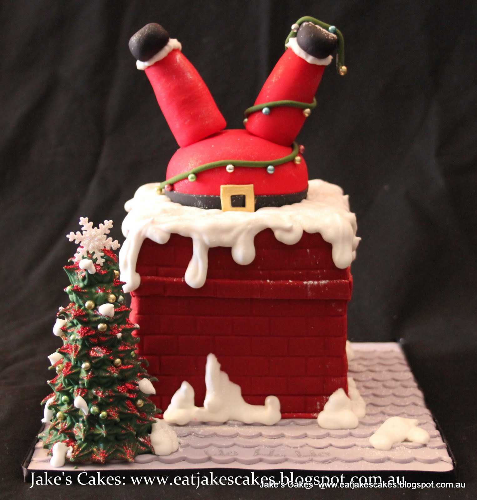 Jake 39 s cakes santa stuck in the chimney cake Santa stuck in chimney cake