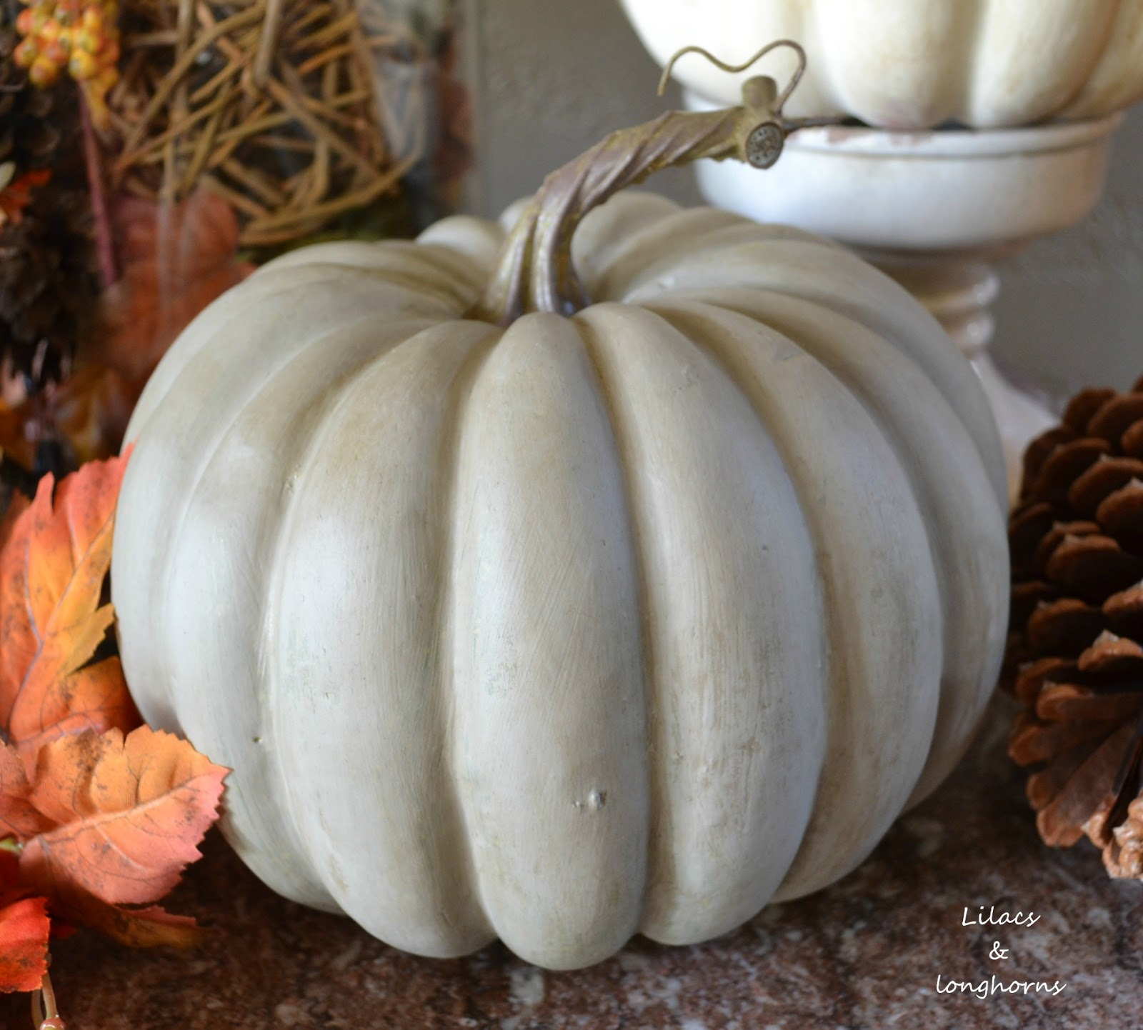 painting pumpkins with chalk paint - Plastic Pumpkins