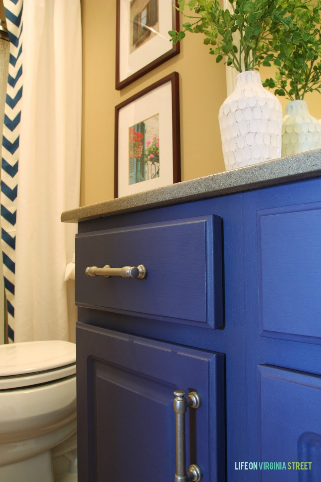 Guest Bath Vanity With Country