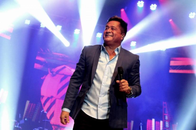 Turnê Canto Bebo E  Choro Leonardo em CURITIBA/PR/19/8/2018