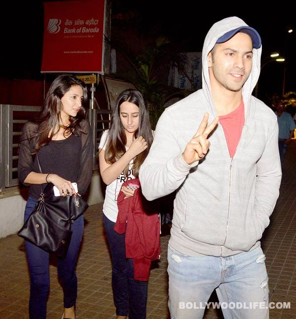 Out And About Varun Dhawan Enjoys A Movie Date With Girlfriend Natasha Dalal Watch Free All TV
