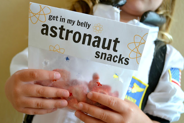 Mommy Testers DIY Space camp  DIY space snacks freeze dried fruit  #Unplug2Play #cbias