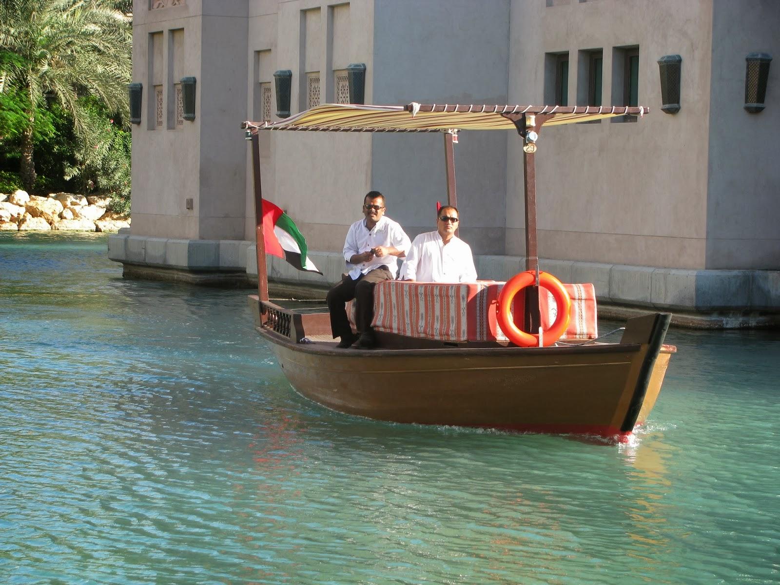 The Souk, Souk, Souk Madinat, The Souk Madinat, Souk Dubaj,dovolená v Dubaji, dovolená v Dubai, Dubai, Dubaj, SAE, UAE, dovolená v Dubaji na vlastní pěst, dovolená v Dubai na vlastní pěst, nejlevnější letenky do Dubaje, ubytování Dubaj, ubytování Dubai, kolik stojí ubytování v Dubaji, blog o cestování, blog o cestování Dubaj, vízum do Dubaje, vízum, vízum Dubaj, Spojené Arabské Emiráty, Spojené Arabské Emiráty dovolená, na kolik vyjde dovolená v Dubaji, Burj Al Arab, Burj Khalifa, Jumeirah Beach Hotel, Jumeriah, pláž v Dubaji, moře v Dubaji, kolik je v Dubaji stupňů, nákupy v Dubaji, FashionHouse, Fashionhouse.cz, www.fashionhouse.cz, zpívající fontána Dubaj, vodní park v Dubaji, luxusní auta v Dubaji, dovolená v Dubaji bez cestovky, Dubaj na vlastní pěst, Burj Khalifa Dubaj, nejvyšší budova na světě, Burj Al Arab Dubaj, nejdražší hotel, nejluxusnější hotel, Dubai Marina, Atlantis, Atlantis Hotel ubytování, Atlantis Dubaj, Atlantis Hotel Dubaj, lyžování v Dubaji, Dubaj lyžování, obchodní centra v Dubaji, obchoďáky v Dubaji, Madinat Hotel, Madinat Hotel Dubaj, Madinat Hotel Dubai, Madinat Dubai, Jumeriah Scarer, co navšťívit v Dubaji, Big Red Dubaj, poušť v Dubaji, celodenní výlety v Dubaji, tržnice v Madinatu, tržnice Madinat, vodní lyžování, vodní sporty Dubaj, vodní sporty na dovolené, Zabeel Saray, Zabeel Saray Dubai, Zabeel Saray Dubaj, umělé ostrovy, umělé ostrovy v Dubaji, Palma Dubaj, spa Dubaj, spa Dubai, rady dovolená Dubaj, rady na dovolenou do Dubaje, co si připravit na dovolenou, co si připravit na dovolenou do Dubaje,dámské oblečení, dámské stylové oblečení, značkové oblečení, oblečení ze zahraničí, zahraniční eshop, eshop s poštovným zdarma, letní šaty, eshop s dámkým oblečením, eshop výprodej, dlouhé šaty, sexy mini šaty, černé šaty, zlaté doplňky, asijská móda, thajsko, dovolená v thajsku, dovolená v dubaji, thajsko na vlastní pěst, thajsko bez cestovky, dovolená v thajsku, dovolená v dubaji na vlastní pěst, dovolená v dubaji bez cestovky, dubaj bez 