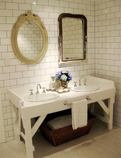 Old frames on vintage mirrors for bathrooms