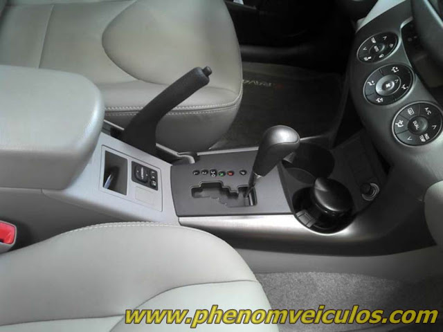 TOYOTA RAV4 4X4 2010 usada à venda