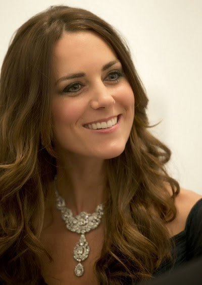 http://www.mirror.co.uk/news/uk-news/live-kate-middleton-national-portrait-3134906