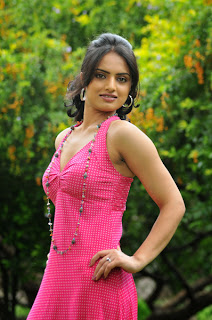Actress Ritu Kaur New Hot Photos Gallery