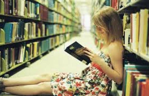 किताबों की अलमारी के बारे में विशेष वास्तु जानकारी