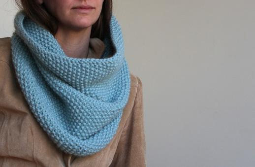 SweetKM: Seed Stitch Knit Cowl