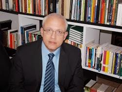 → Prof. Emilio Amorim ↓