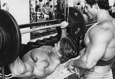 Arnold Schwarzenegger high volume chest workout routine - Shredded ...