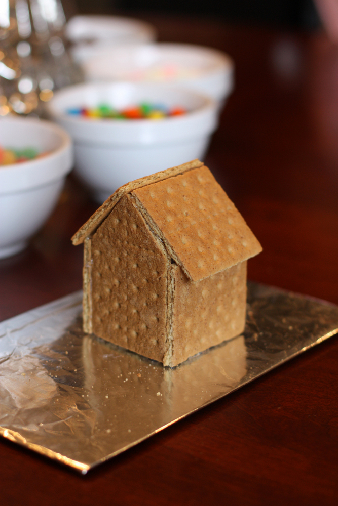 Everyday Reading A Gingerbread House Party