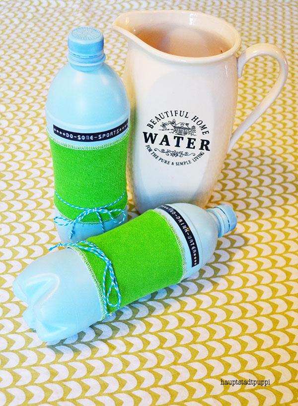 Letzter Schritt, Flasche befallen mit Wasser, Sand, Reis oder Kies - DIY hauptstadtpuppi