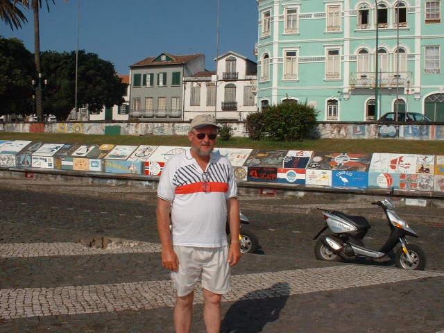 Horta Marina Wall