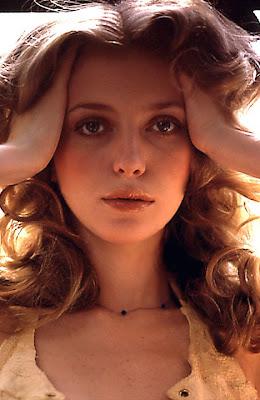 http://3.bp.blogspot.com/--kSSso8d9d8/TbT9HDeo6uI/AAAAAAAABSk/wYngLtpXhLU/s640/Playboy.jpg