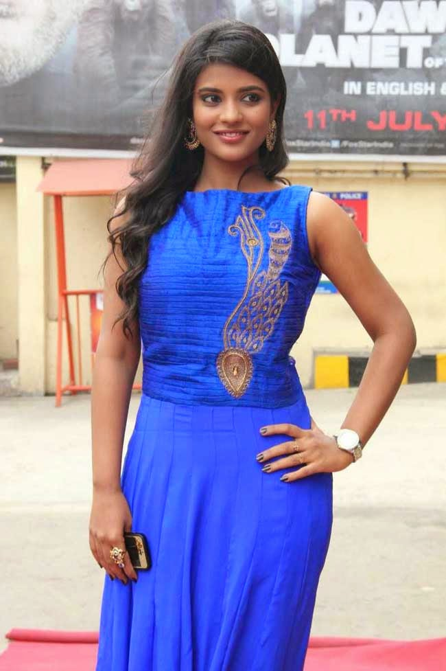 Aiswarya at 'Thirudan Police' Movie Audio Launch