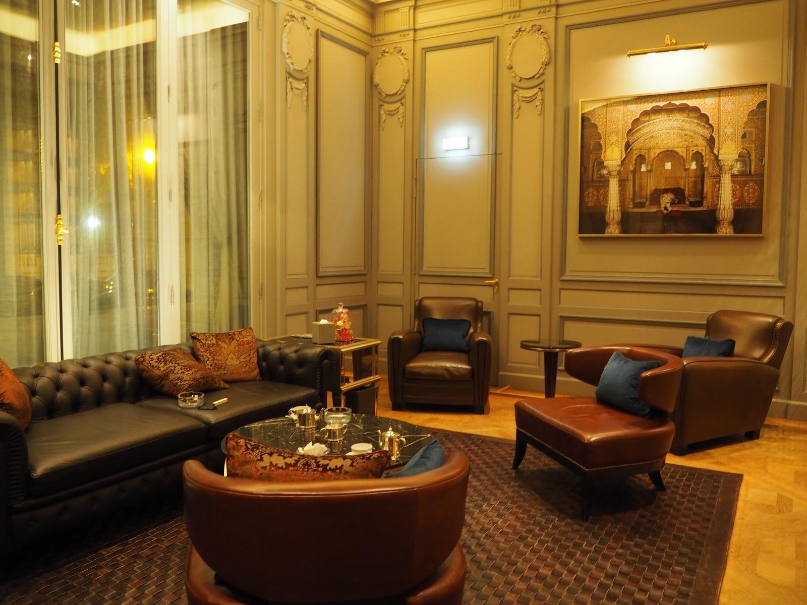 Peninsula Hotel, Paris, Cigar and Whiskey room