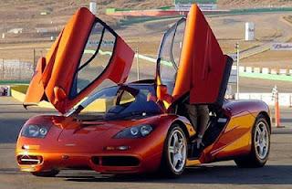 harga mobil McLaren F1