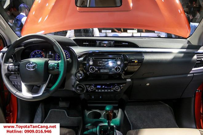 HILUX 2016 toyota tan cang 12 - Chào năm 2016 trải nghiệm Toyota Hilux phiên bản mới, nhận quà siêu khuyến mãi