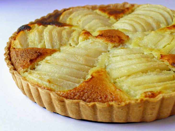 Cooking Weekends: Pear Frangipane Tart