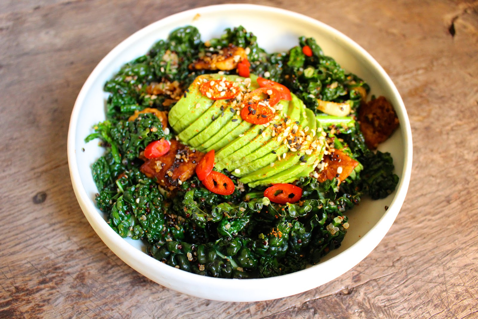 Vegan cavolo nero & tempeh stir fry with avocado