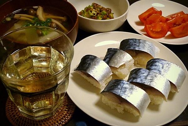 昨日の晩酌 鯖寿司、船場汁