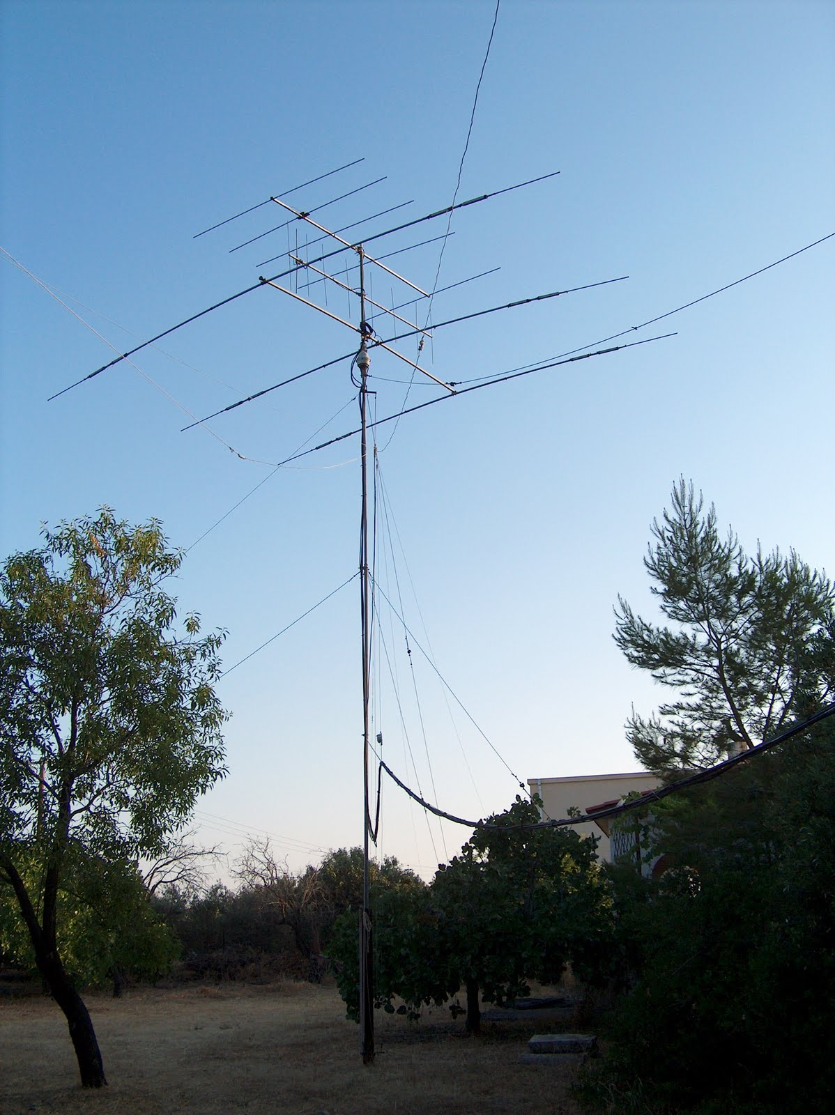 AEGINAS ANT Participants were made aware that Amateur Radio societies and clubs in their ...