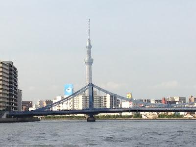 墨田川から見た東京スカイツリーの写真