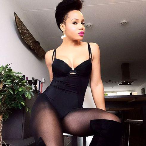 Maheeda shares s£xy new photos