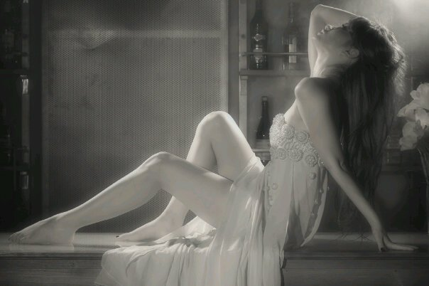 Foto Hot Seksi Dewi Putri