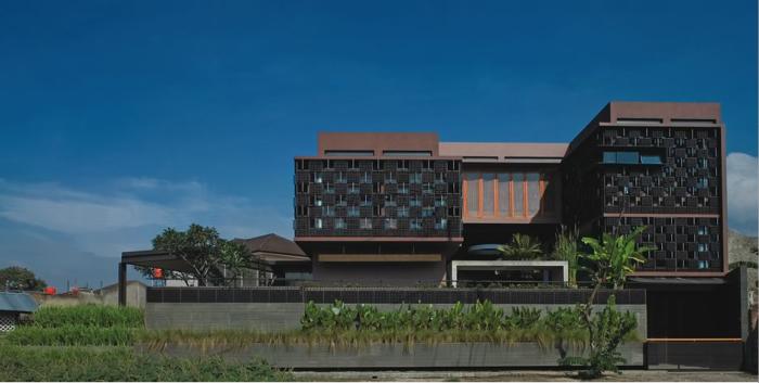 Rumah Botol - Ridwan Kamil | Arsitektur Indonesia