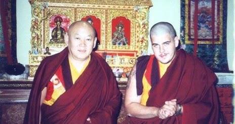 Miroir du dharma le sixieme tradak tulku rinpoche en for Miroir du dharma